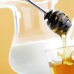 春之源蜂蜜 用蜂蜜洗脸好吗 蜂蜜去除黑色素沉淀 蜂蜜与癌症 蜂蜜专用瓶