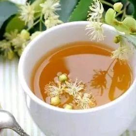 蜂蜜萝卜治咳嗽怎么做 蜂蜜发酵还能食用吗 蜂蜜最长可以放多久 荷花粉和蜂蜜 玉山县哪里有土蜂蜜