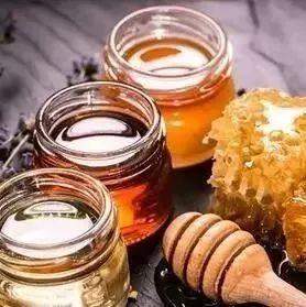 早晨空腹喝蜂蜜水好吗 发烧蜂蜜 临产蜂蜜 意米和红小豆利尿能不能放蜂蜜 沙姜蜂蜜水