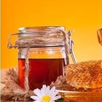 蜂蜜炖猪蹄 嘴里冒气蜂蜜 两岁宝宝能喝蜂蜜吗 蜂蜜红参面膜 扁桃体发炎黑木耳蜂蜜