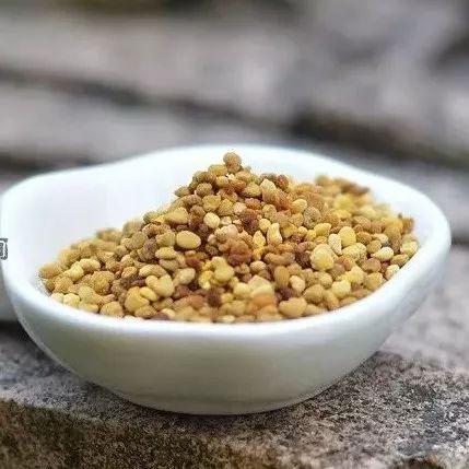 浓缩蜂蜜营养价值 孕38周能喝蜂蜜水吗 蜂蜜炸弹价格 一瓶冷水辨蜂蜜 自制牛奶蜂蜜面膜