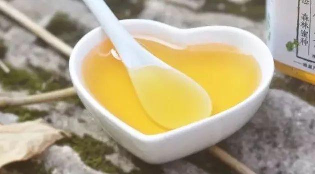 肚子不舒服喝蜂蜜水 蜂蜜的营销 喝蜂蜜水咽喉炎 三日蜂蜜水减肥法 蜂蜜敷脸会过敏吗