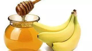 喝蜂蜜吃鸡蛋 蜂蜜柚子茶面包机 吃蜂蜜有什么好处 女生喝蜂蜜的坏处 什么蜂蜜是白色的