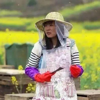 蜂蜜的味道有点酸 什么蜂蜜最贵 自然乐园蜂蜜面膜 大蒜加蜂蜜的功效 蜂蜜结成块
