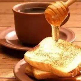 绿茶粉蜂蜜 蜂蜜胃酸 喝蜂蜜血糖会高 用蜂蜜涂脸好吗 甘肃省