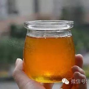 一斤蜂蜜一个鸡蛋一瓶醋,做出比药更好用的蜂蜜醋蛋液!