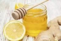 洋槐蜂蜜价格低的出奇到底有何内情?无良商家添加果糖冒充蜂蜜!