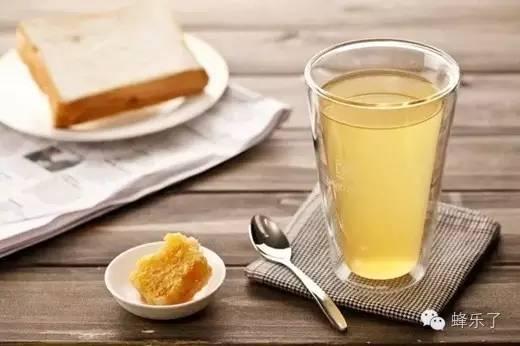 蜂蜜鸡蛋白醋 蜂蜜加醋减肥 柠檬蜂蜜很苦 晚上只喝蜂蜜水 蜂蜜对胃病有好处吗