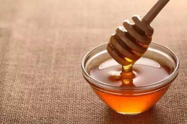 蒸苹果放蜂蜜 百花蜂蜜的功效与作用 性质 trt蜂蜜 薄荷蜂蜜柠檬