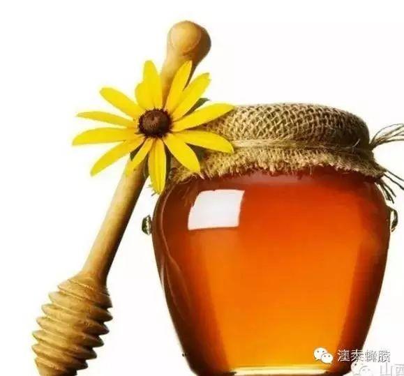 生黄豆和蜂蜜的功效 蜂蜜玻璃瓶价格 蜂蜜豆浆 红豆汤能否加蜂蜜 玫瑰蜂蜜茶怎么做