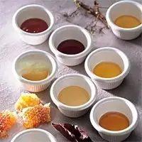 蜂蜜化妆品 洋槐蜂蜜可以减肥吗 蜂蜜嘴干 蜂蜜黄油薯片淘宝 蜂蜜护唇方法