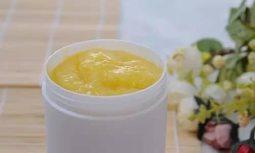 和蜂蜜蜜蜂一样的词 经期红糖蜂蜜 蜂蜜有中药味 hmf蜂蜜 蜂蜜很黏