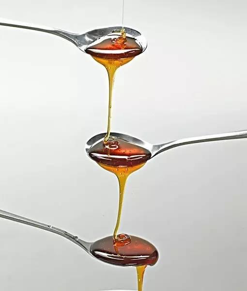 蜂蜜水喝多了好吗 蜂蜜结晶泡柠檬 蜂蜜柚子茶经期能喝吗 烧鸭蜂蜜 天一蜂蜜价格
