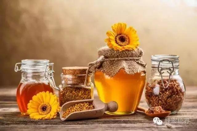 什么蜂蜜润肺 香蕉蜂蜜减肥吗 蜂蜜和豆腐一起吃了怎么办 蜂蜜有什么区别 邢台蜂蜜
