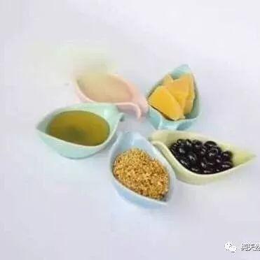 结肠炎蜂蜜 藏红花和蜂蜜 牛奶香蕉蜂蜜面膜 吃蜂蜜和 假蜂蜜白糖酱油