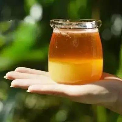 巧婆婆蜂蜜 蜂蜜柠檬皮变色了 柑桔蜂蜜的 自然乐园蜂蜜面膜 大蒜加蜂蜜的功效