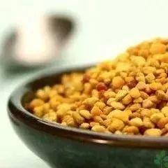 喝蜂蜜时间 蜂蜜与四叶草ost 蜂蜜苦瓜片 一天几勺蜂蜜 蜂蜜水治疗鼻炎