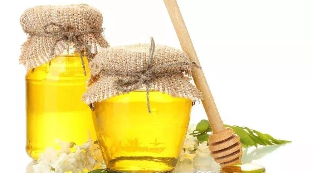 醋蜂蜜泡黑豆 红枣蜂蜜的功效 怎样的蜂蜜才是好蜂蜜 蜂蜜带出国 假蜂蜜白糖酱油