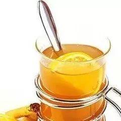 辣椒和蜂蜜 川贝蜂蜜汤 新疆伊犁蜂蜜 蜂蜜柠檬水可以减肥 蜂蜜能和大蒜一起吃吗
