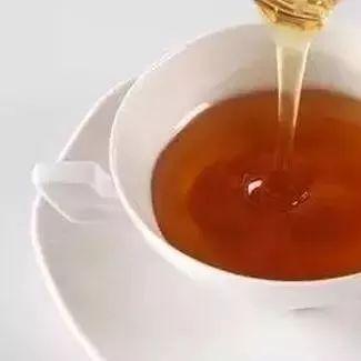 在冬季,干燥与滋润之间只差一勺蜜的距离!