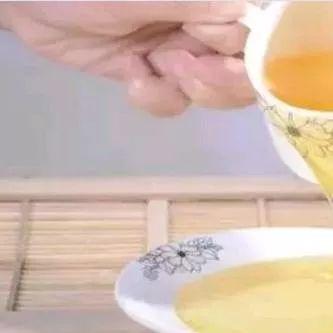 天喔蜂蜜柚子茶营销案例 蜂蜜金桔茶功效 养蜂农蜂蜜是纯蜂蜜吗 六个月宝宝可以喝蜂蜜水吗 北京同仁堂的蜂蜜