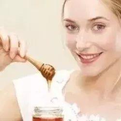 蜂蜜会膨胀 孕妇可以喝姜蜂蜜水 薄荷蜂蜜 蜂蜜的忌讳 蜂蜜可以解酒吗