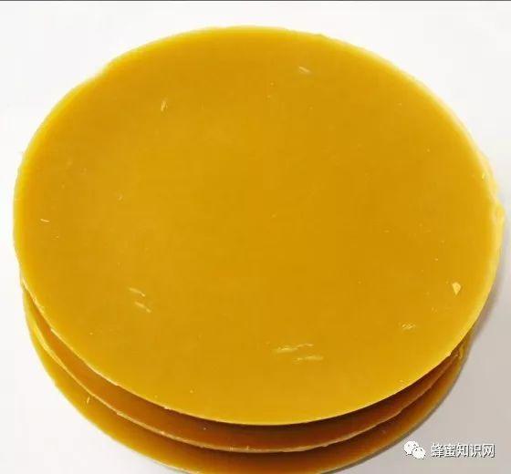 椴树蜂蜜好吗 白醋蜂蜜减肥法的危害 柠檬水加蜂蜜 蜂王浆和蜂蜜的混合 早茶