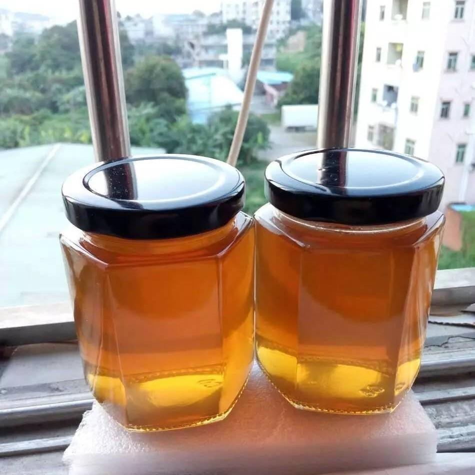 她每天用点蜂蜜,老公说她越来越美了