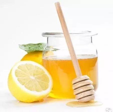茯苓黑芝麻蜂蜜治痔疮 康维他柠檬蜂蜜 过期蜂蜜能做面膜吗 蜂蜜醋好还是苹果醋好 蜂蜜的波比