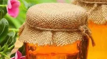 蜂蜜摇晃有气泡 蜂蜜和紫薯能一起吃吗 月季蜂蜜香水 红烧肉加蜂蜜 颐寿园蜂蜜怎么样