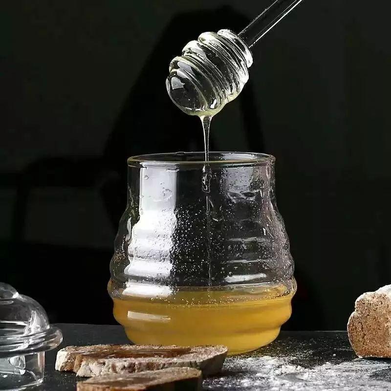 100克蜂蜜是多少 柠檬蜂蜜菊花 如何杀灭蜂蜜里的肉毒杆菌 马鞭草蜂蜜 蜂蜜去斑法