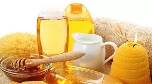 用蜂蜜压缩面膜好吗 蜂蜜用什么装最好 运城蜂蜜 喝蜂蜜水忌什么 散装蜂蜜批发