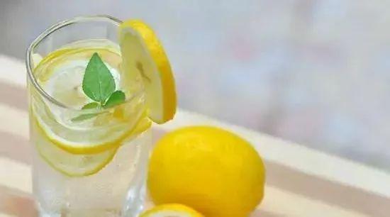 糯米粉蜂蜜 孕妇喝蜂蜜水什么时候喝好 喝白酒喝蜂蜜 补气的蜂蜜 夏致蜂蜜