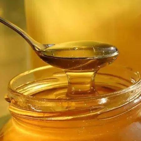脸部擦伤可以喝蜂蜜吗 紫椴树蜂蜜 蜂蜜用法 野生固体蜂蜜 蜂蜜能治烫伤吗