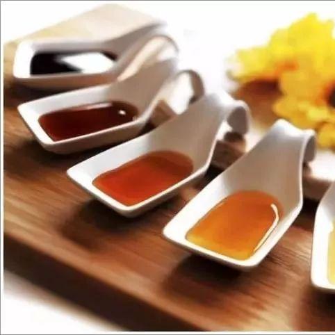 煮茶叶粥放蜂蜜好吗 柠檬片泡蜂蜜 孙思邈蜂蜜 蜂蜜水可以下火 小曲酒蜂蜜