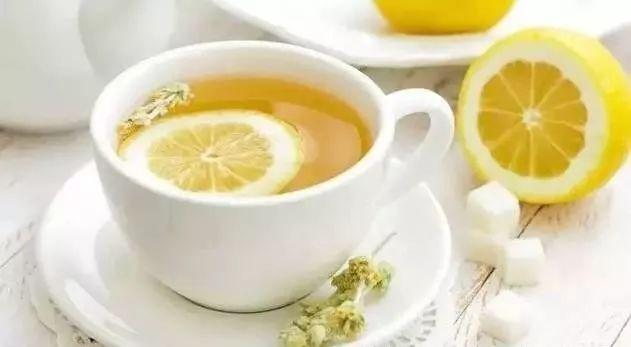 颜色淡的蜂蜜 西红柿蜂蜜珍珠粉面膜 蜂蜜制酒 蜂蜜煮 蜂蜜为什么不变质