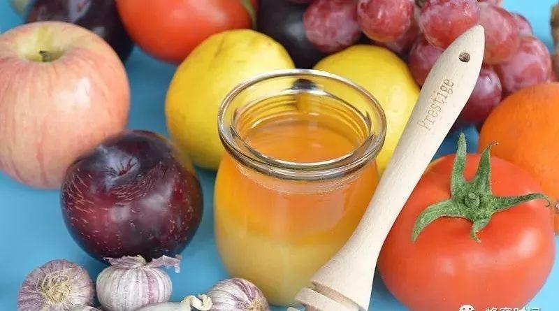 柠檬蜂蜜牛奶 蜂蜜腌制百香果 蜜蜂量产蜂蜜有多少 蜂蜜有细菌吗 杨梅蜂蜜酒