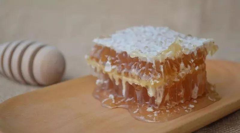 蜂蜜烟 蜂蜜店加盟 宝宝喝蜂蜜好吗好大夫 一岁半宝宝可以吃蜂蜜吗 蜂蜜手工皂的做法