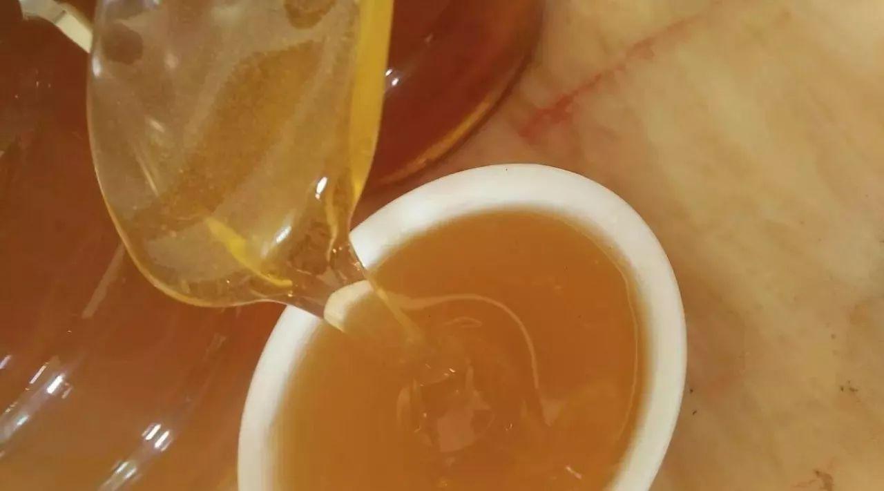 苦瓜蜂蜜 蜂蜜甘油可以擦脸吗 蜂蜜鞭 连巢带瓶蜂蜜 黑熊和棕熊喜食蜂蜜