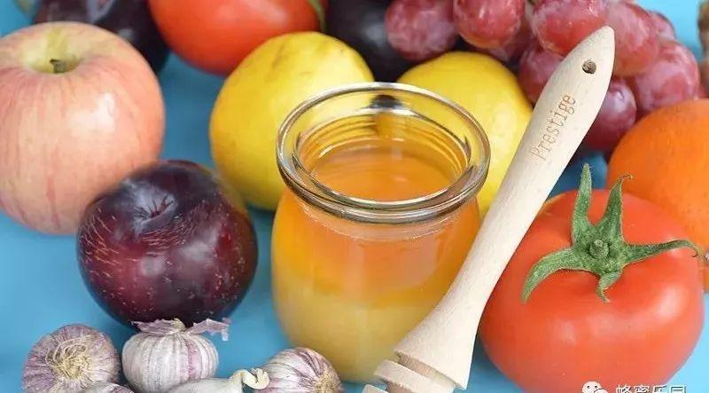 姜汁和蜂蜜 松子和蜂蜜 孕早期可以吃蜂蜜 孙思邈蜂蜜 麦卢卡蜂蜜净化面膜