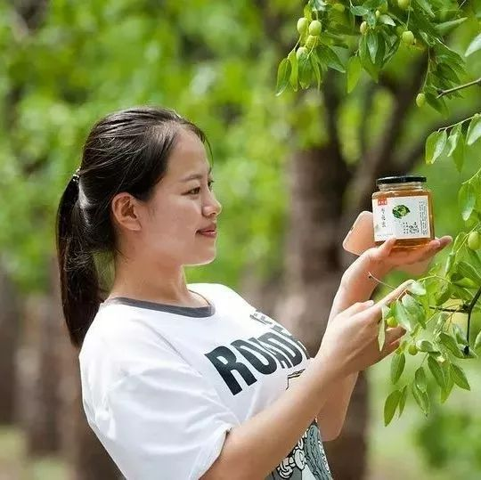 小儿肺炎可以喝蜂蜜吗 色系军团蚂蚁与蜂蜜 蜂蜜小面包加盟 morning蜂蜜 泰国皇家蜂蜜怎么用