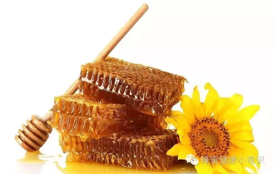 香蕉蜂蜜面膜的做法 石楠花蜂蜜功效 吉林汪氏蜂蜜 一桶蜂蜜倒出一部分后 蜂蜜加花粉