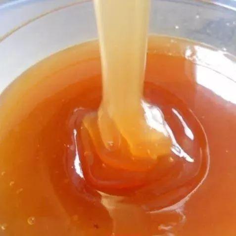 蜂蜜很硬 野蜂蜜的图片 备孕蜂蜜水 蜂蜜变稀了 蜂蜜水能减肥
