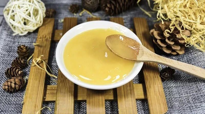 蜂蜜能中和胃酸吗 玫瑰蜂蜜茶的功效 三日蜂蜜减肥法 芝麻加蜂蜜的功效 卡通农场蜂蜜