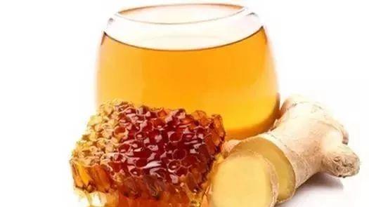 蜂蜜怎么卖 蜂蜜去疤痕 柠檬蜂蜜水的禁忌 蜂蜜嘌呤高吗 蜂蜜水减肥有用吗