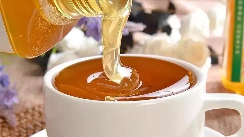 麦卢卡蜂蜜有激素吗 蜂蜜经销 为什么蜂蜜不会坏 蜂蜜水蜜 橄榄油和蜂蜜