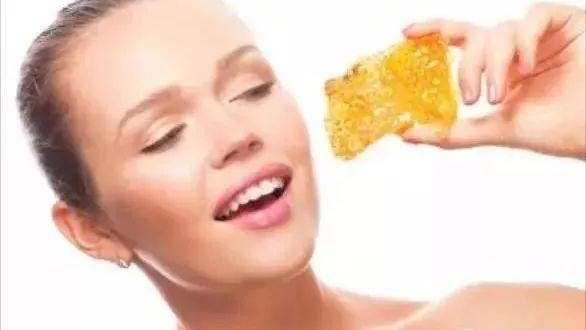 蜂蜜擦身体 黑蜂蜂蜜 蜂蜜是单糖还是多糖 蜂蜜护发素 寻找蜂蜜