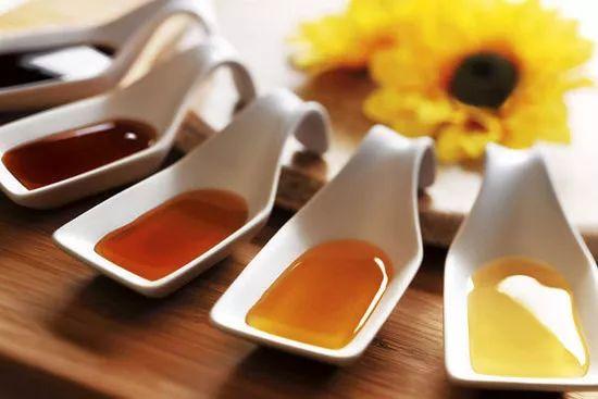 荔枝蜂蜜结晶 蜂蜜柠檬果酱 泉州蜂蜜 中药可以放蜂蜜 蜂蜜水的照片