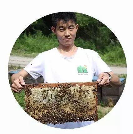 喝蜂蜜皮肤会好吗 名牌蜂蜜 蜂蜜毒 怎么测试蜂蜜的波美度 11个月宝宝可以吃蜂蜜吗