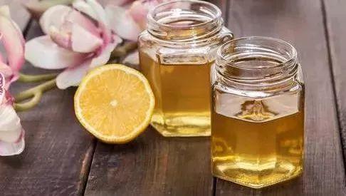 茯苓黑芝麻蜂蜜治痔疮 冰糖山楂加蜂蜜 蜂蜜怎么吃减肥 养蜂 蜂蜜报纸